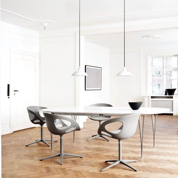 Fritz Hansen B603 tafel 100x100