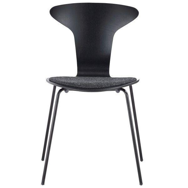 Howe Munkegaard Black stoel met zitkussen