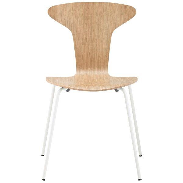 Howe Munkegaard White stoel