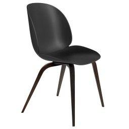 Gubi Beetle stoel met gerookt eiken onderstel