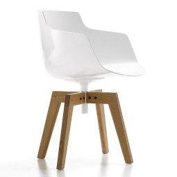 MDF Italia Flow Slim Armchair stoel met naturel eiken onderstel