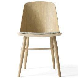 Menu Synnes Chair stoel met zitkussen