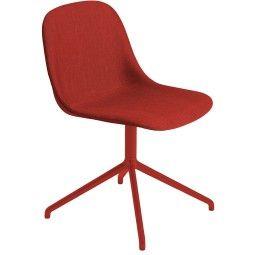 Muuto Fiber Side Swivel gestoffeerde stoel