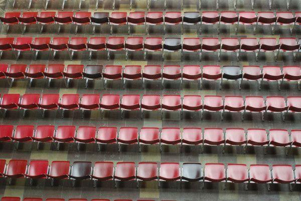 Howe 40/4 stapelbare stoel