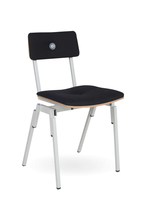 Lensvelt Made In The Workshop Stackable Chair stoel gestoffeerd